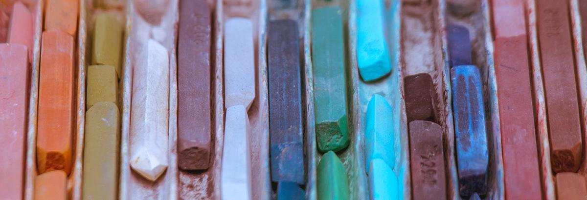 Pasteles y cretas de color